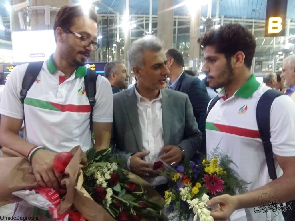 استقبال از ملی پوشان کهگیلویه و بویراحمد در تهران + تصاویر