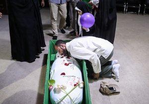 وداع با پیکر مطهر شهید تازه تفحص شده در بهمئی